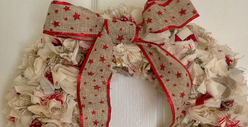 rag wreath -an image of christmas decorations made from upcycled fabric scraps