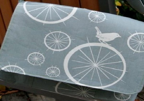 Meassenger bag - grey bird-print fabric makes a stlish bag to carry laptop or tablet